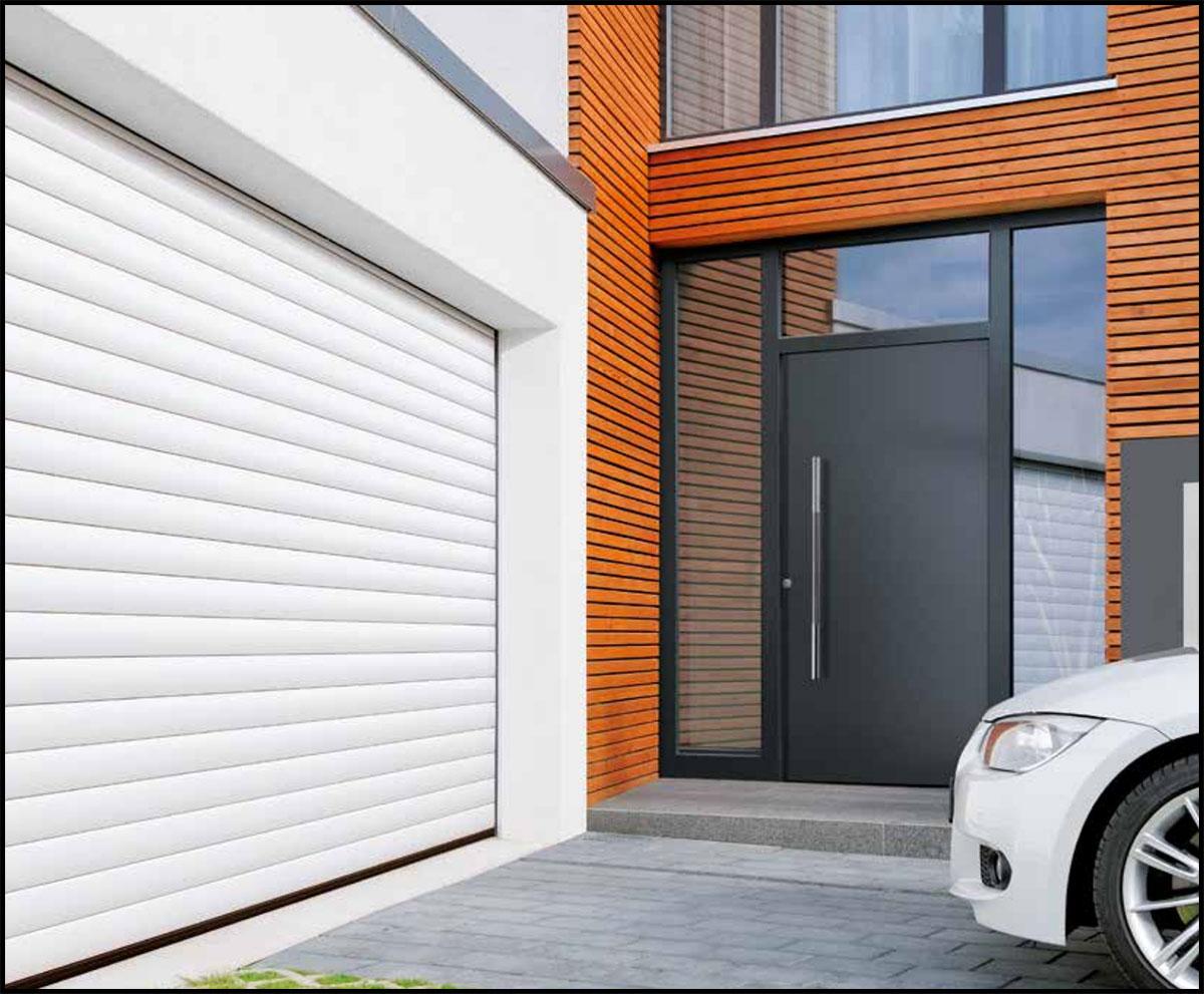 Portes de garage enroulables roll 39 matic b 39 plast menuiseries pvc alu - Porte enroulable garage ...
