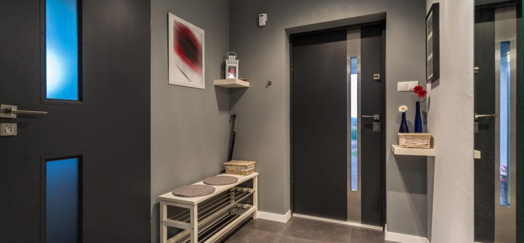 Exemple de porte d'entrée en Aluminium