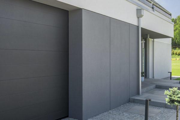expertiseComment choisir entre la porte de garage sectionnelle ou enroulable ?