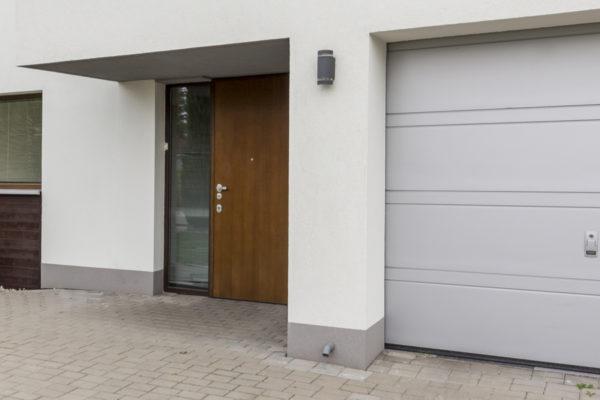 expertiseQuels sont les éléments optionnels qui s'offrent à vous pour une porte de garage ?